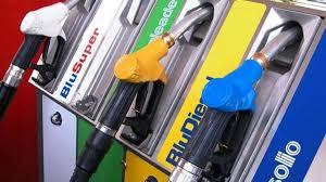 Sciopero benzinai contro il governo: pompe chiuse il 6 e 7 ...