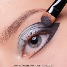 eyeliners for blue eyes 15 eye
