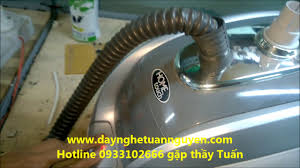 Bàn là/bàn ủi cây hơi nước Hometouch PS350, Giá tháng 10/2020