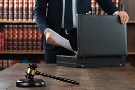 14 Secrets Lawyers Will Never Tell You | Reader's Digest