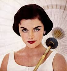 how to do 50s eye makeup brows
