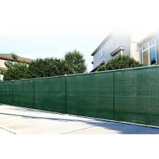 Boen 10 Ft H X 150 Ft W Long Lasting Green Privacy Fence Netting Mesh Fabric With Reinforced Woven Ey In 2020 Privacy Fence Designs Privacy Fence Screen Privacy Screen