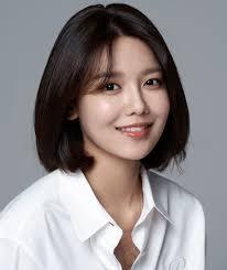 Choi Soo-young - 2020(이미지 포함)   헤어스타일, 짧은 머리, 헤어 ...