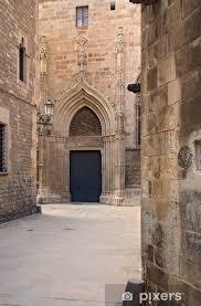 barri gotic gothic quarter barcelona