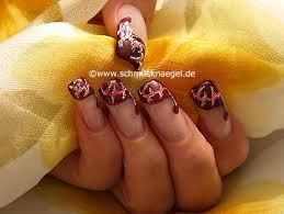 nail art motif with spot swirl and nail