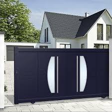 10 Simple Modern Sliding Gate Designs For Homes