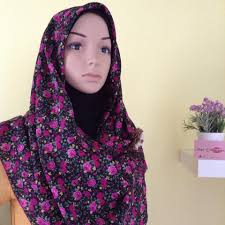 Shawl adriana Price: RM18 (exclude... - Skye Collections (Shawl & Hijab  Online Store) | Facebook