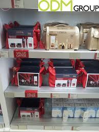 beauty promotion l oréal travel pouches