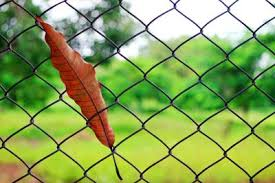 How To Calculate The Concrete For A Chain Link Fence Home Guides Sf Gate