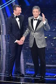 Sanremo 2020, i look della quarta serata - DeAbyDay.tv