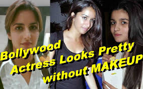 bollywood actress looks pretty even