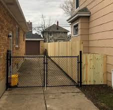 Chain Link Sadler Fence And Staining
