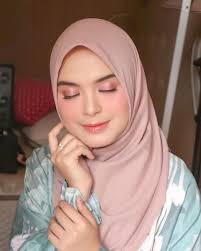 hijab untuk pemula ala vebby palwinta