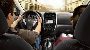 2017 nissan versa transmission options