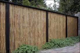 44 Easy And Cheap Backyard Privacy Fence Design Ideas Roundecor