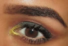smokey green gold eye makeup tutorial