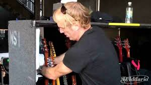 Guitar Tech Adam Day Shows Us Neal Schon's Gear and Setup - YouTube