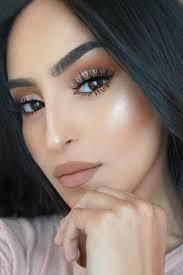 natural makeup look brown eyes cat
