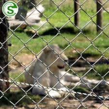Animal Enclosure Farm Field Fence Chain Wire Mesh Fencing For Cow Pig Chicken Buy Chain Wire Mesh Fencing Diamond Mesh Fence Wire Fencing Fencing For Sale Chicken Wire Product On Alibaba Com