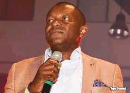 Between Tope Sonubi and President Buhari + Why he abandoned Jonathan -  Gistmaster