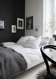 black and white decorating ideas for