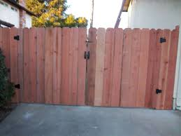 Dog Ear Arbor Fence Inc A Diamond Certified Company Wood Fence Wood Fence Gates Double Swing