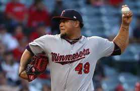 Adalberto Mejia - Adalberto Mejia Photos - Minnesota Twins v Los ...