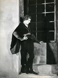 Portrait of John Barrymore in Don Juan directed by Alan Crosland ...