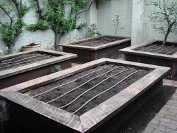 why install wicking beds