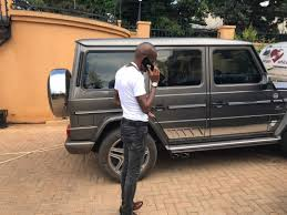 Photos: Bryan White acquires another monster ride. - 411 UG