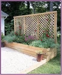 28 Simple Raised Vegetable Garden Bed Ideas Adamsmanor In 2020 Outdoor Patio Diy Diy Raised Garden Diy Garden Bed