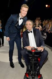 Peter Mayhew and Joonas Suotamo Photos Photos: Premiere of Disney Pictures  and Lucasfilm's 'Star Wars: The Last Jedi' - Red Carpet