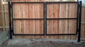 Backside Of Wood Privacy Gate On A Metal Frame Wood Fence Gates Wood Gates Driveway Fence Gate Design