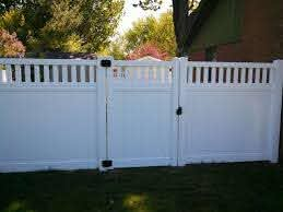 Vinyl Fencing Repair Or Replace Straight Line Fence