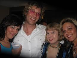 ShowGirls & Adam Curry | Karla, Adam, me, and Karen at the E… | Flickr