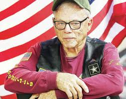 Wave of support: Alton veteran trying to 'spread America' with ...