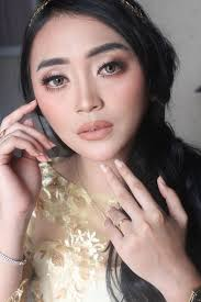 make up by elsa delyana bridestory