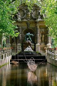 medici fountain paris vannie ly