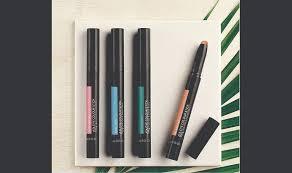 signature makeup kit