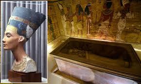 King Tutankhamun tomb scans show NO hidden chambers for Queen ...
