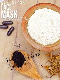 simple diy detox face mask with