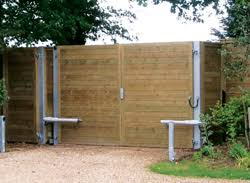 Acoustic Noise Barrier And Acoustic Fence