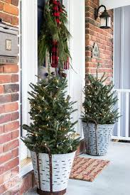 55 best outdoor christmas decorations