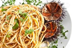 sea urchins (Għaġin bir-rizzi ...