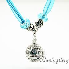 round openwork diffuser necklace