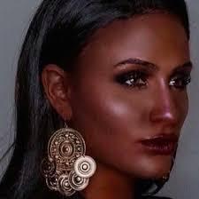 makeup artist jennilie perreault forced