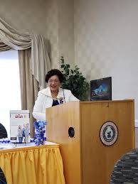 Dr Ida Hill, founding member reading... - Altrusa District Two ...