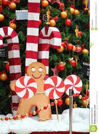 Decoração Da árvore De Natal, Homem De Pão-de-espécie Gigante ...