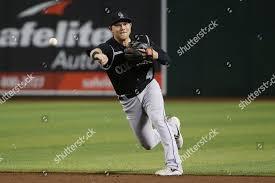 Colorado Rockies Pat Valaika throws first base Foto editorial en ...