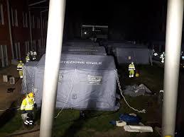 Schiavonia, scatta evacuazione: allestito l'ospedale da campo ...